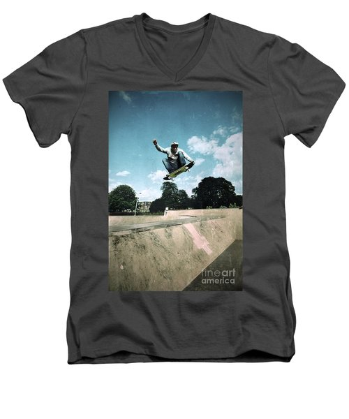 Fly High Men's V-Neck T-Shirt