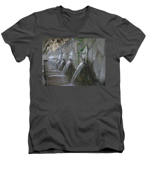 Men's V-Neck T-Shirt featuring the photograph Fountain by David Gleeson