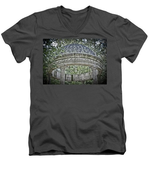 Gazebo At Longwood Gardens Men's V-Neck T-Shirt