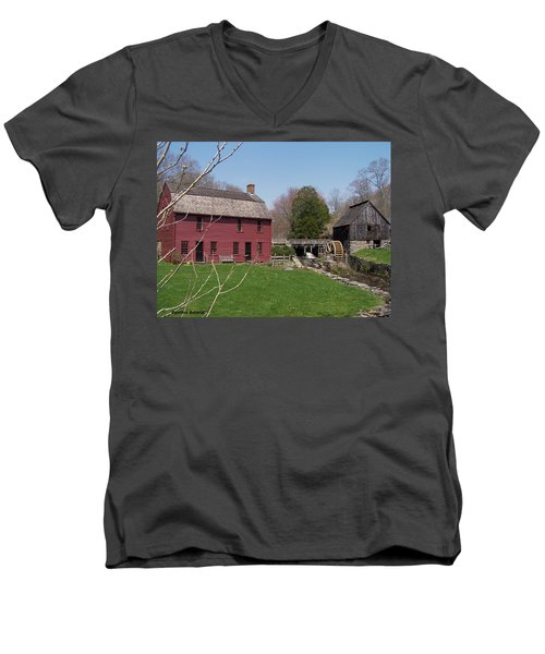 Men's V-Neck T-Shirt featuring the photograph Gilbert Stewart Birth Place by Cynthia Amaral