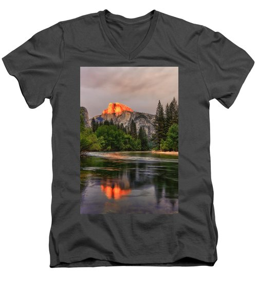 Golden Light On Halfdome Men's V-Neck T-Shirt