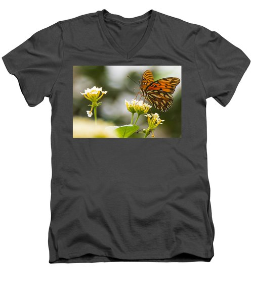 Got Pollen Men's V-Neck T-Shirt