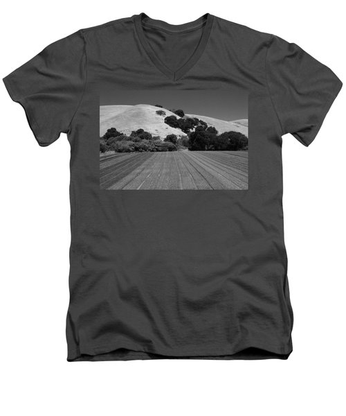 Men's V-Neck T-Shirt featuring the photograph Hillside Farmland by Kathleen Grace