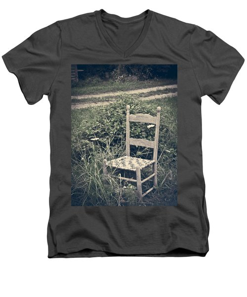 In The Moment Men's V-Neck T-Shirt