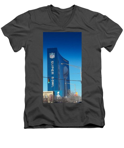 Indianapolis Marriott Welcomes Super Bowl 46 Men's V-Neck T-Shirt