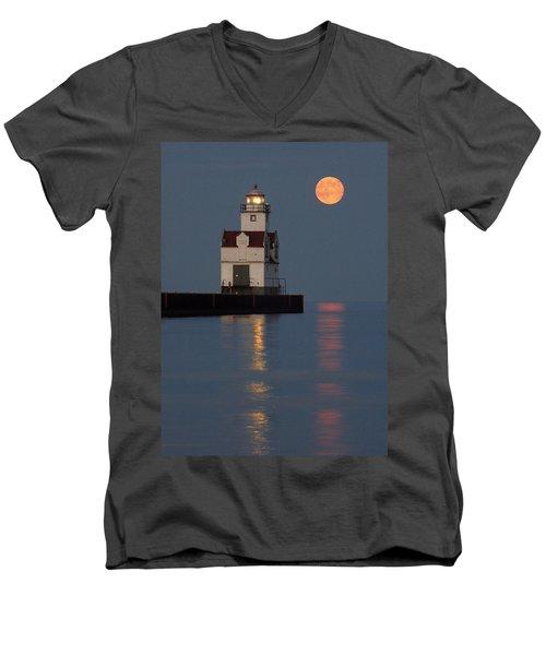 Lighthouse Companion Men's V-Neck T-Shirt