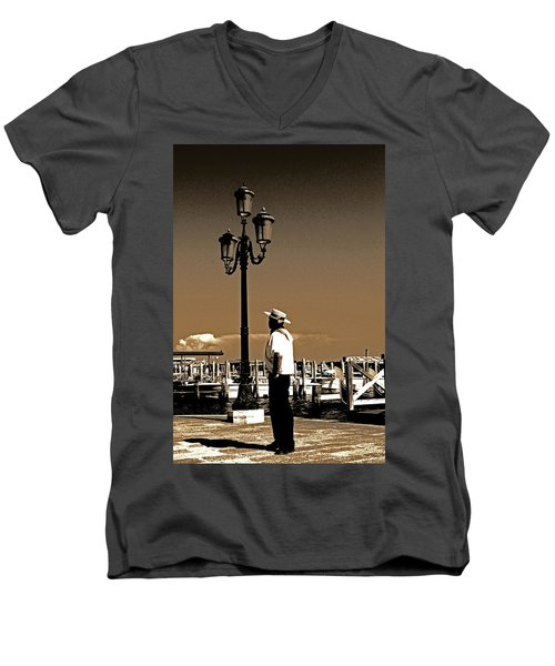 Molto Romantico Men's V-Neck T-Shirt