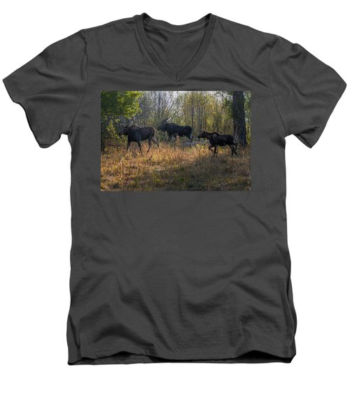 Moose Family Men's V-Neck T-Shirt