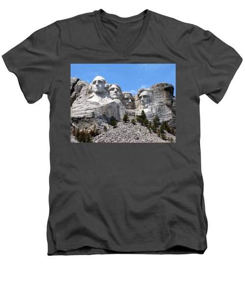 Mount Rushmore Usa Men's V-Neck T-Shirt