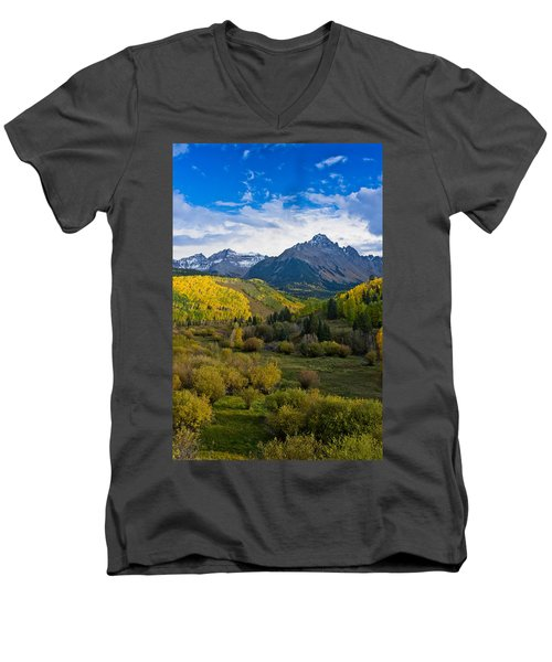 Mount Sneffels Under Autumn Sky Men's V-Neck T-Shirt