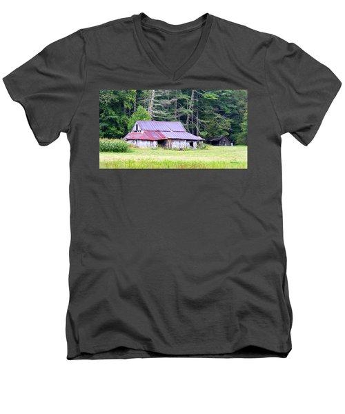 Old Barn Near Cashiers Nc Men's V-Neck T-Shirt