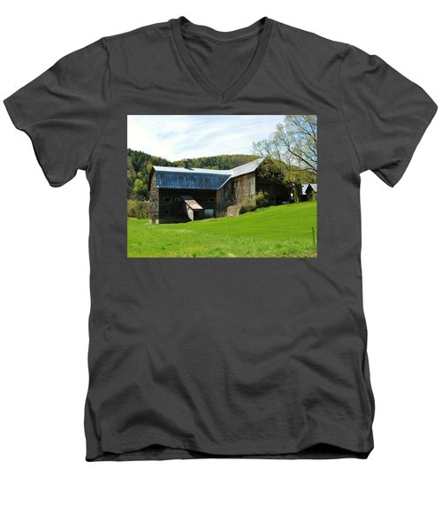 Men's V-Neck T-Shirt featuring the photograph Old Vermont Barn by Sherman Perry