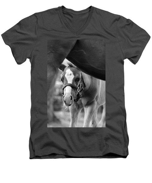 Peek'a Boo - Black And White Men's V-Neck T-Shirt