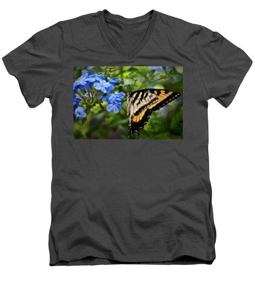 Plumbago And Swallowtail Men's V-Neck T-Shirt