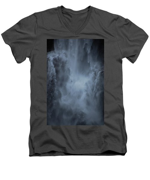Power Of Water Men's V-Neck T-Shirt