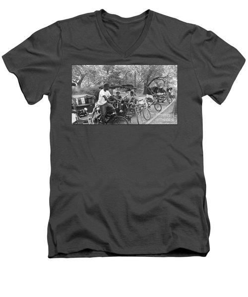 Quiet Tuesday Central Park Men's V-Neck T-Shirt