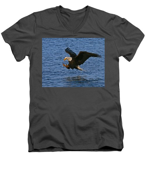 Men's V-Neck T-Shirt featuring the photograph Ready To Strike by Doug Lloyd