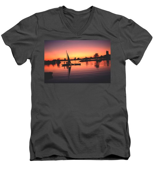 Men's V-Neck T-Shirt featuring the photograph Sailing End Of The Day Backbay  Boston by Tom Wurl