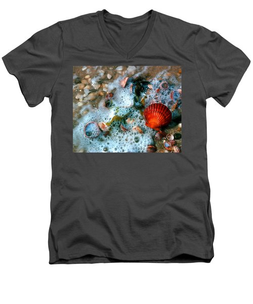 Men's V-Neck T-Shirt featuring the photograph Scallop And Seaweed 11c by Gerry Gantt