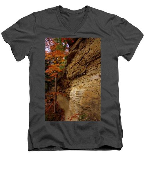 Side Winder Men's V-Neck T-Shirt