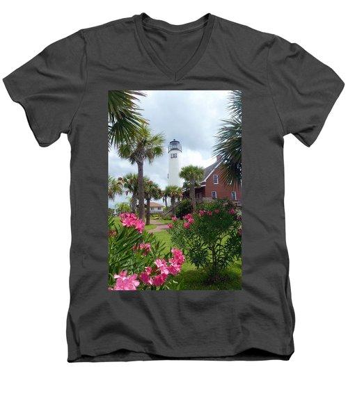 St. George Island Lighthouse Men's V-Neck T-Shirt