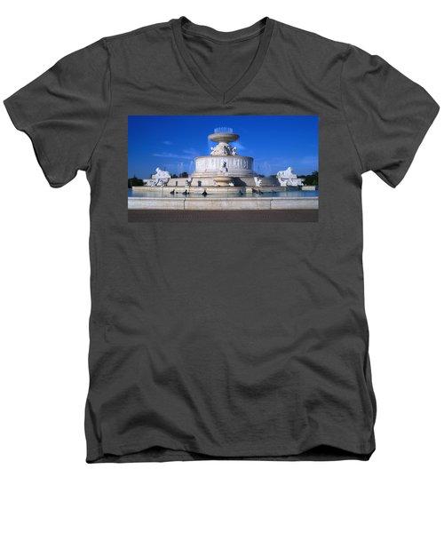 Men's V-Neck T-Shirt featuring the photograph The Belle Isle Scott Fountain by Gordon Dean II
