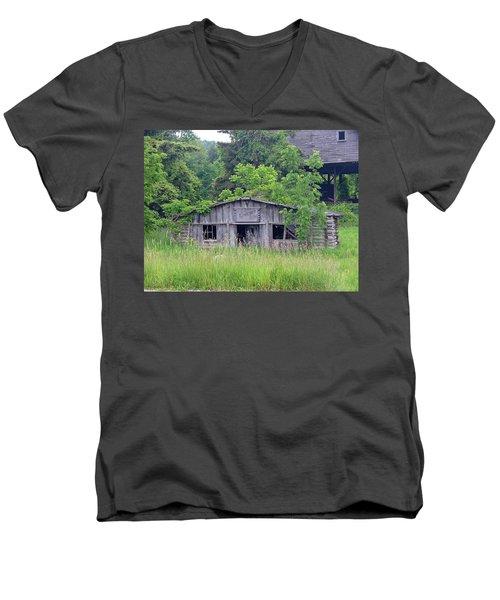 The Old Place Men's V-Neck T-Shirt