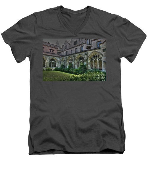 U Of C Grounds Men's V-Neck T-Shirt
