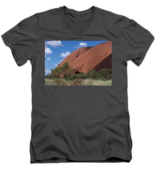 Ularu Men's V-Neck T-Shirt