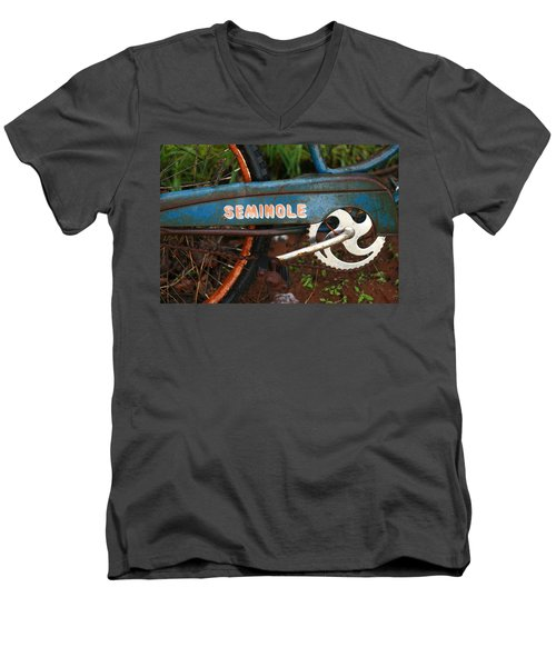 Hiawatha Seminole Vintage Bicycle Men's V-Neck T-Shirt