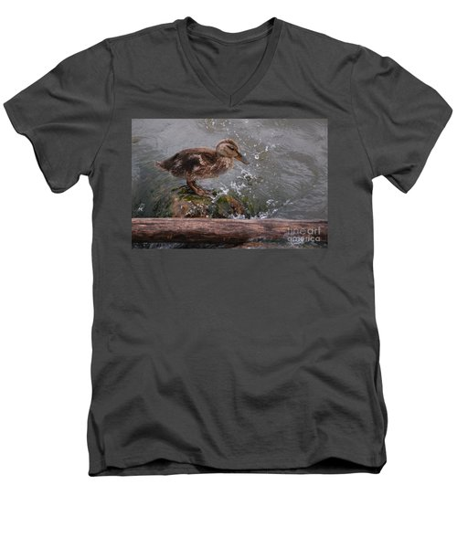Wading Men's V-Neck T-Shirt