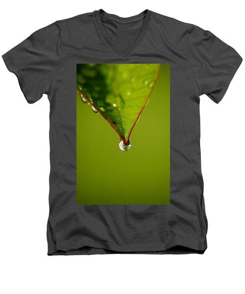 Waterdrop Men's V-Neck T-Shirt