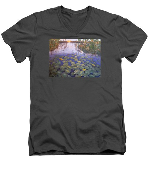 Waterlillies South Africa Men's V-Neck T-Shirt