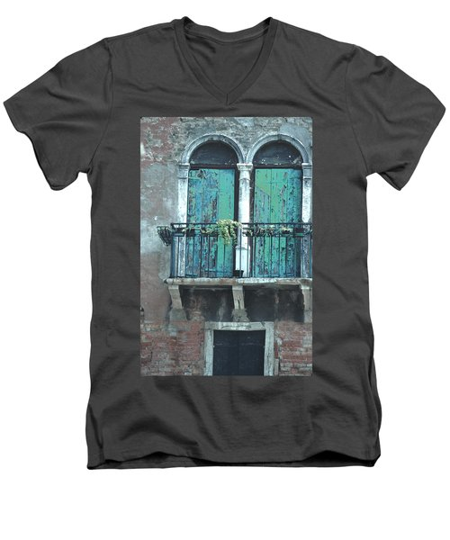 Men's V-Neck T-Shirt featuring the photograph Weathered Venice Porch by Tom Wurl