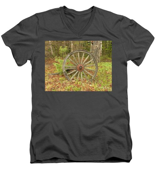Men's V-Neck T-Shirt featuring the photograph Wood Spoked Wheel by Sherman Perry
