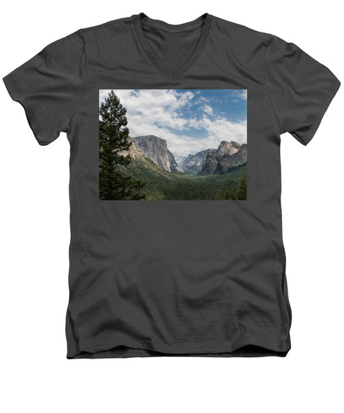 Yosemite Valley From Tunnel View At Yosemite Np Men's V-Neck T-Shirt
