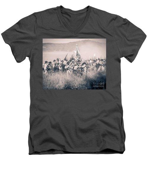 Gettysburg Confederate Infantry 9214s Men's V-Neck T-Shirt