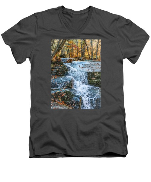 #0043 - Dummerston, Vermont Men's V-Neck T-Shirt