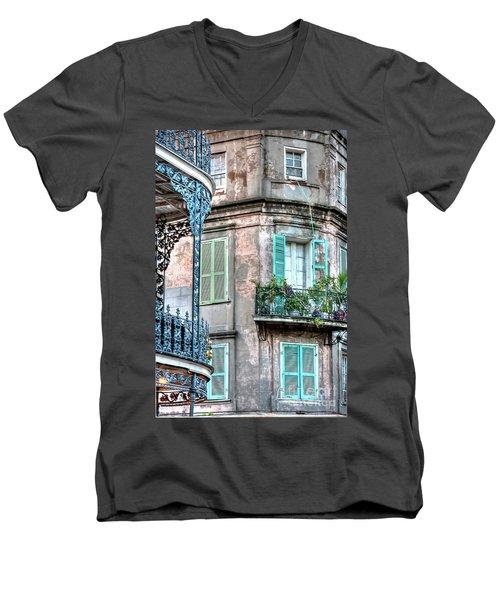 0254 French Quarter 10 - New Orleans Men's V-Neck T-Shirt