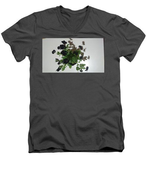 Viola Men's V-Neck T-Shirt