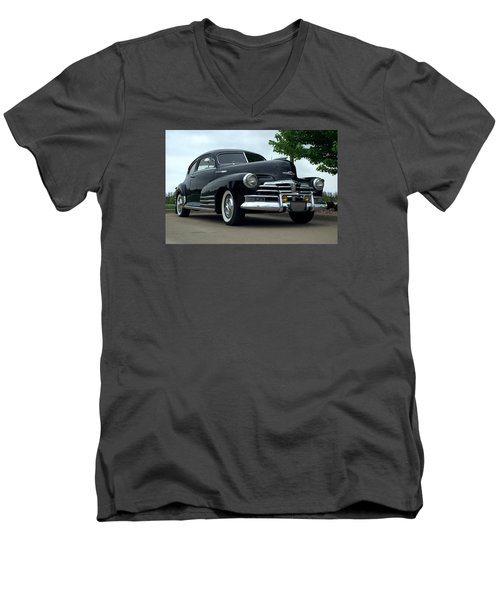1948 Chevrolet Fleetline Custom Men's V-Neck T-Shirt