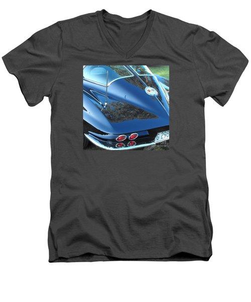 1963 Corvette Men's V-Neck T-Shirt