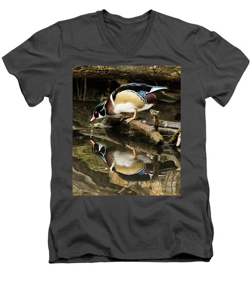 A Sip For You And Me Wildlife Art By Kaylyn Franks Men's V-Neck T-Shirt