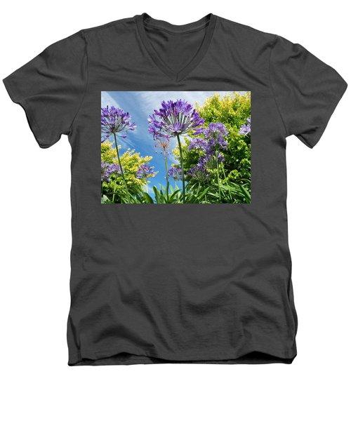Agapanthus Men's V-Neck T-Shirt