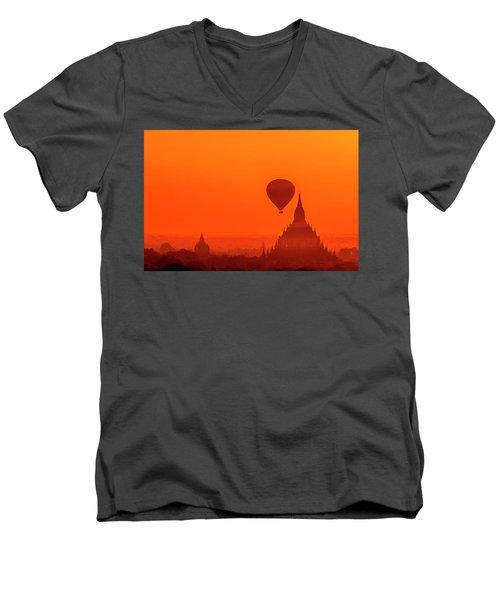 Bagan Pagodas And Hot Air Balloon Men's V-Neck T-Shirt