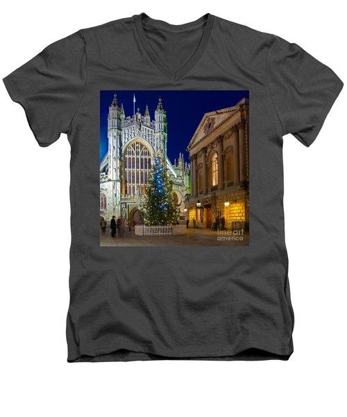 Bath Abbey At Night At Christmas Men's V-Neck T-Shirt