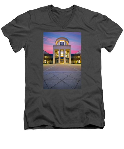 Beaver County Courthouse  Men's V-Neck T-Shirt