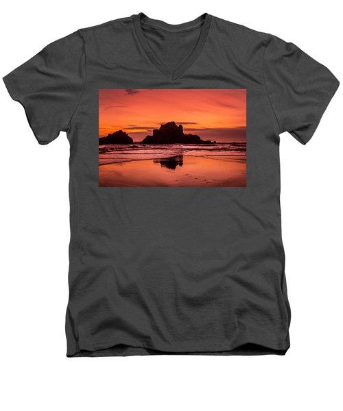 Big Sur Sunset Men's V-Neck T-Shirt