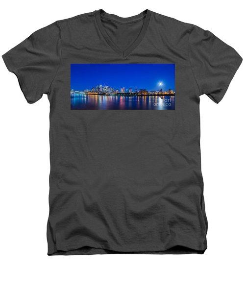 Canary Wharf 3 Men's V-Neck T-Shirt