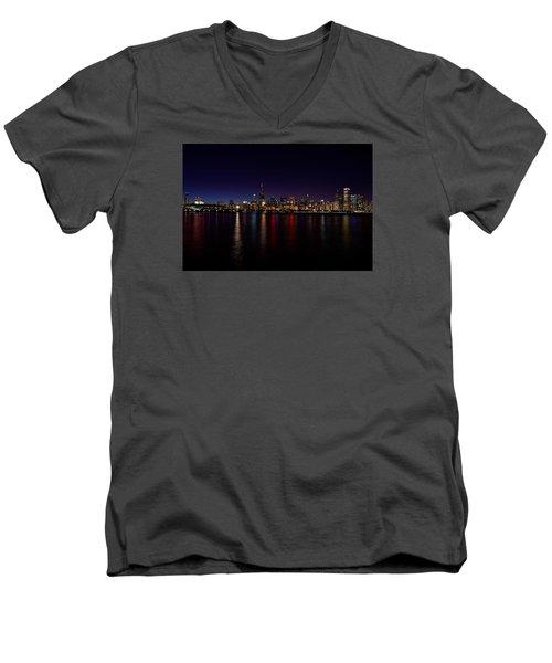 Men's V-Neck T-Shirt featuring the photograph Chicago-skyline by Richard Zentner